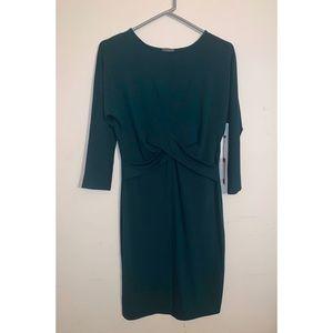 *Never worn* Vince Camuto Hunter Green Dress